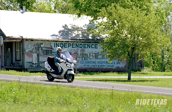FM 390 winds through rolling pasturelands and through small towns historic in the founding of Texas, like Independence.